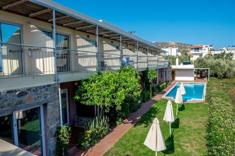Апартаменты Mirabella с потрясающим видом на море для 4 человек