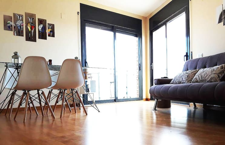 Lovely Apartment Excellent Views and Location