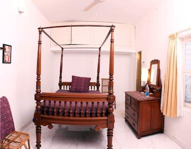 La Marina -Single Room - Pondichéry