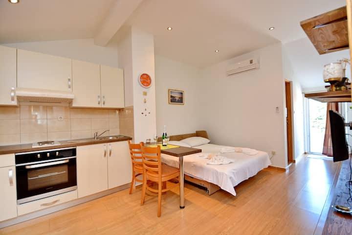 Premium Studio Apartment Martin