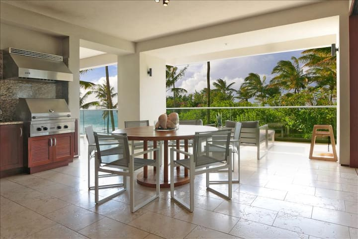 Ocean Views from Heliconia 2302 Residences 3 Bedroom plus Den at Montage Kapalua Bay!