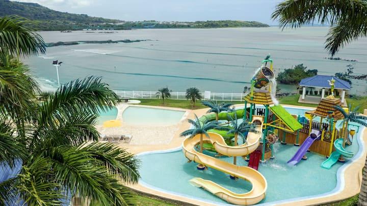 Elegante apartamento discreto, playa y piscina