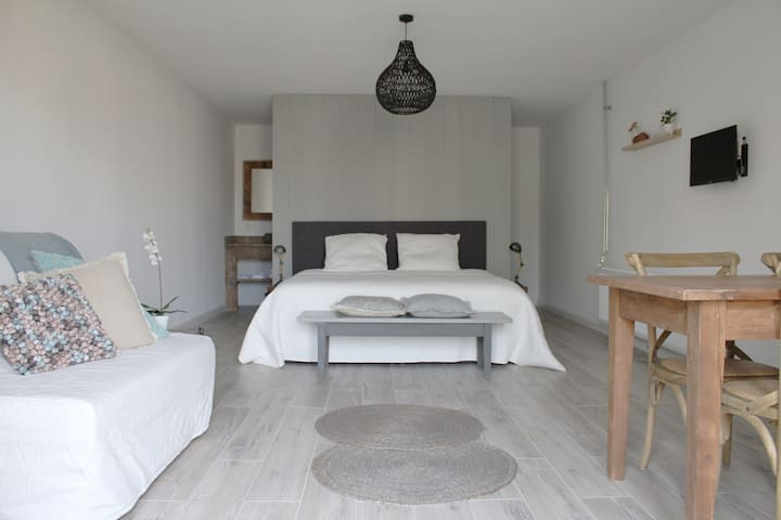 Bed and breakfast Medemblik 4 pers. - Opperdoes - 家庭式旅館