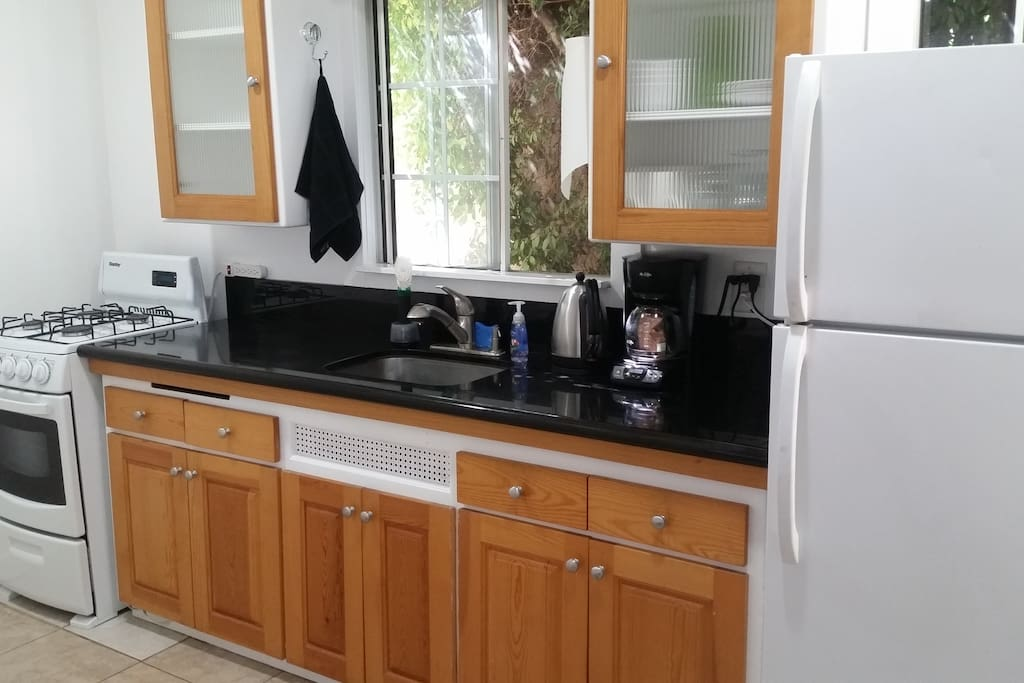 Updated kitchen fully equiped