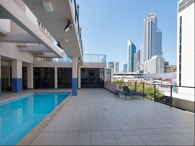 NICE PLACE IN PERTH CBD EXCELLENT LOCATION