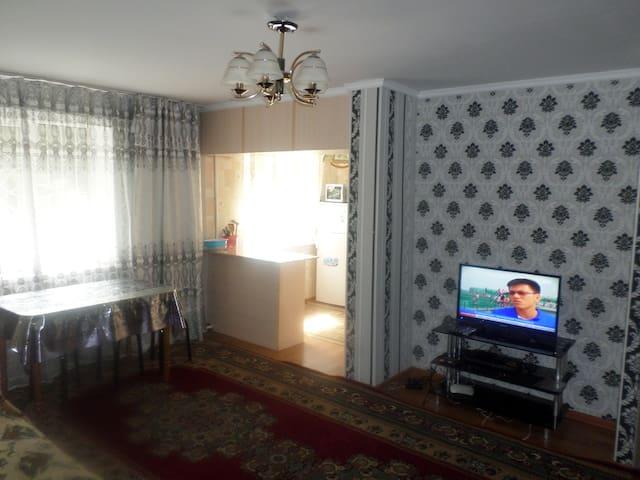 уютная теплая 3х ком. квартира в центре г. Каракол
