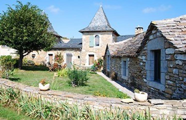 gîte ferme bio entre causses et gorges du tarn - Sévérac-le-Château - House