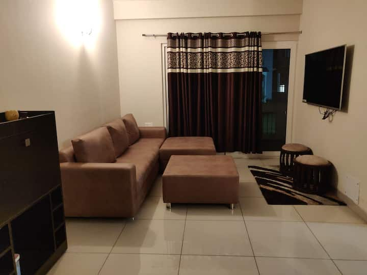 2BHK WITH KITCHEN AND BALCONY Garden view