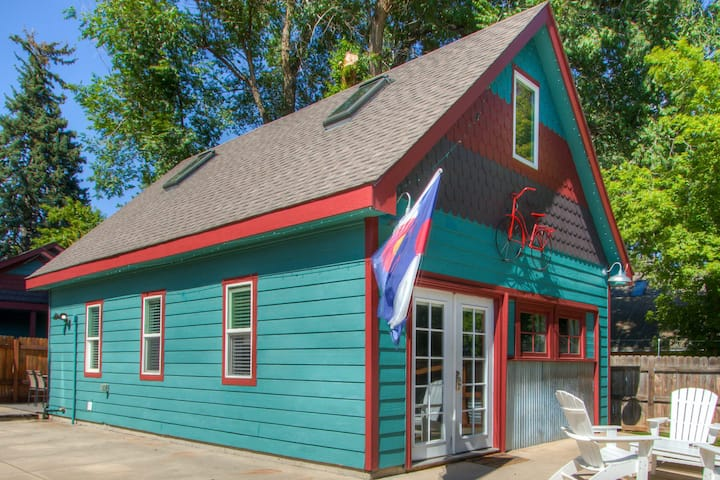 Old Town Carriage House - near CSU and Old Town!