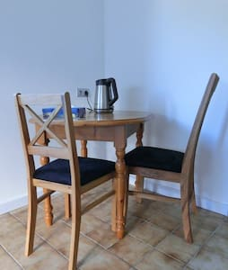 Your flat 40km from Nuremberg,not a room to share! - Pommelsbrunn - Apartamento