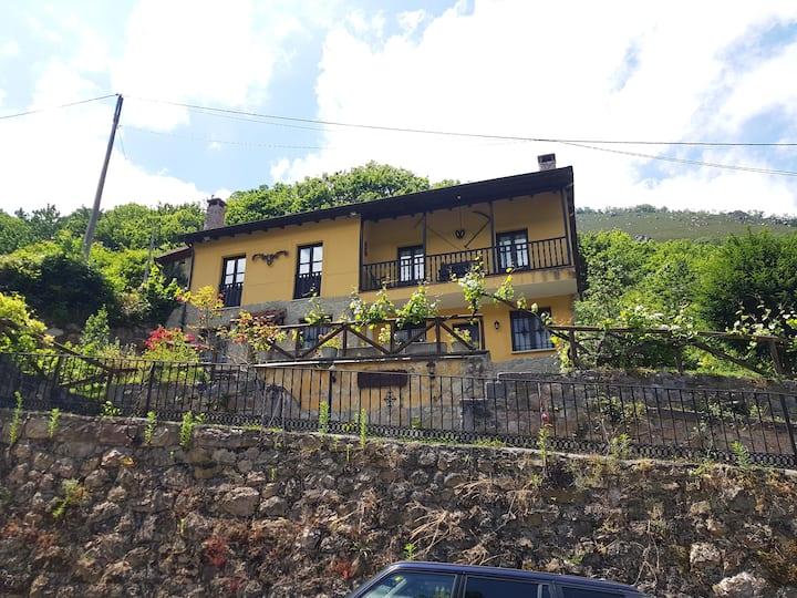 Casas Rurales el Ferreiru (Ricabo)