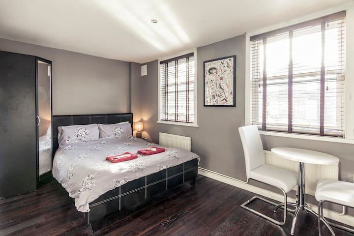 En-suite Dbl @ Kings Cross Houshare