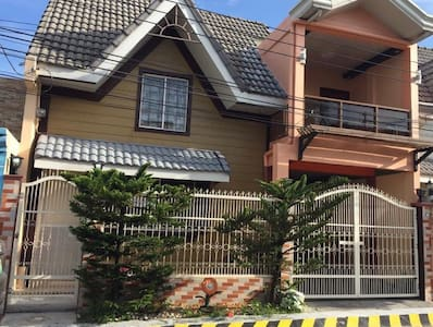 Lemon Transient House in Timog Park Homes