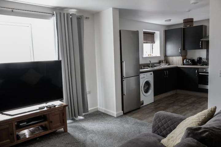 Modern-stylish New Build Apartment