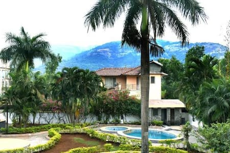 Bungalow at Lonavala-Malavli, 5 mins from Railway