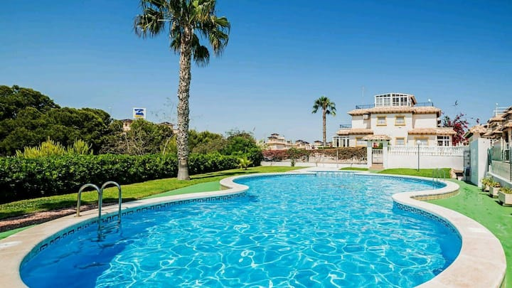 Villa, 2 bedrooms with shared pool orihuela costa