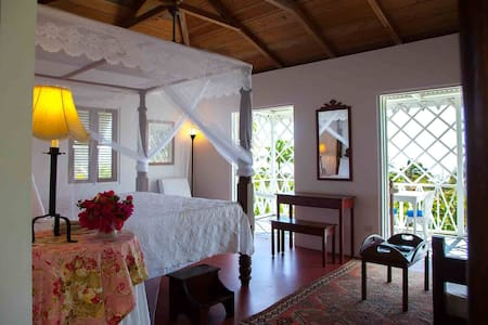 Deluxe Room in Unique, Boutique Caribbean Inn - Pond Hill - Hotel butikowy