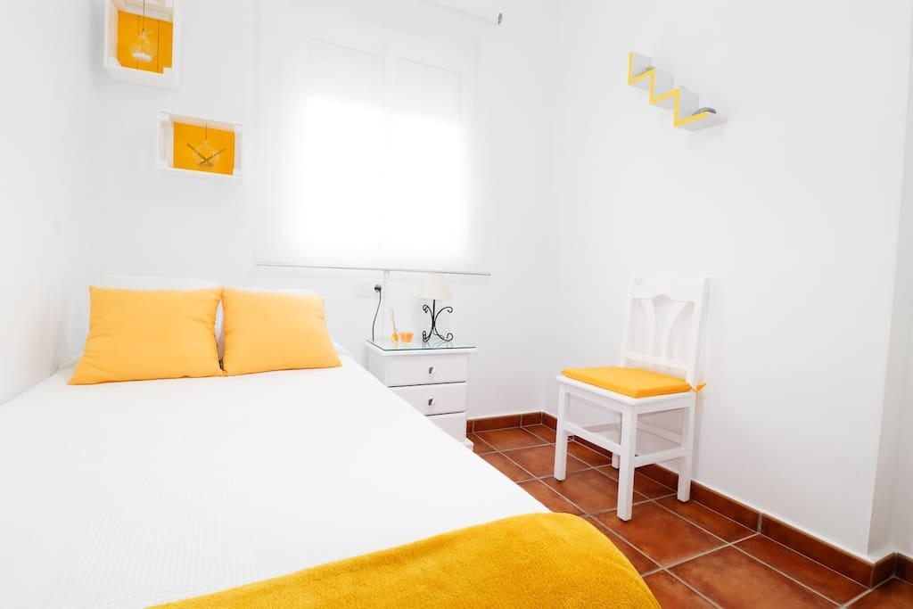 Habitación individual cama-nido, (2 camas 0,90x0,90)