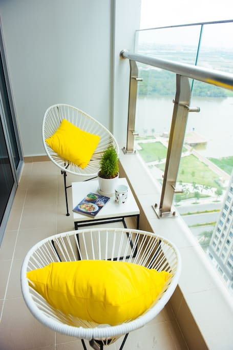 Stunning balcony with wonderful view at level 21