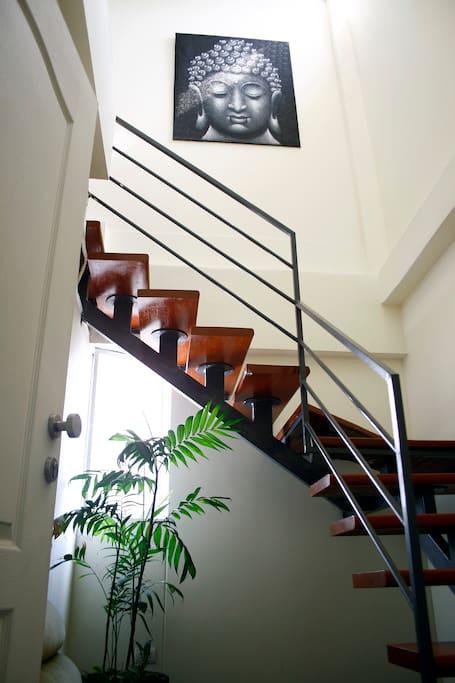 Entrada al departamento (apartment's entrance)