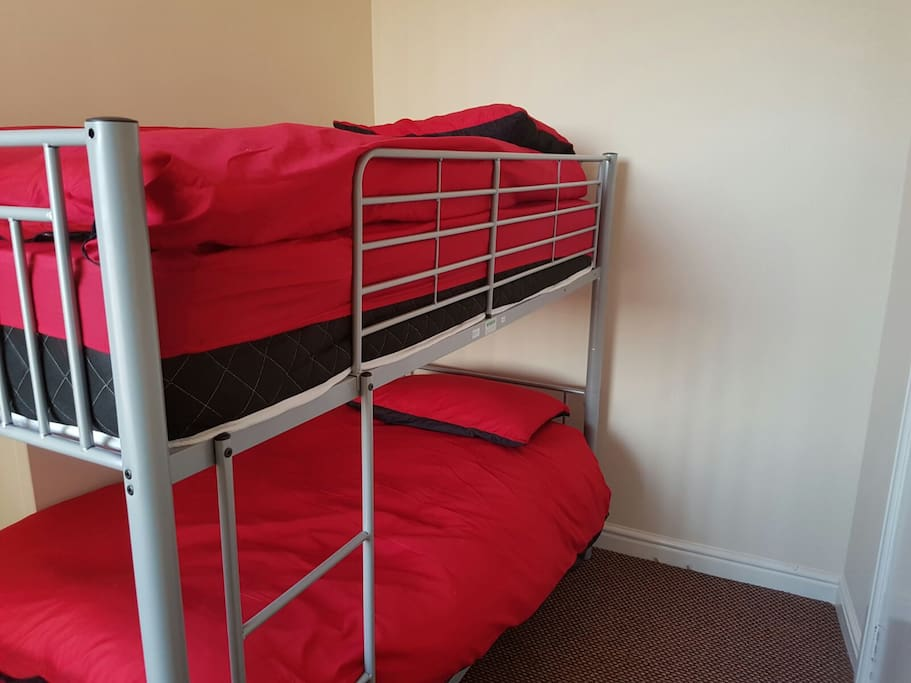 One private room with a bunk bed for 2 people.