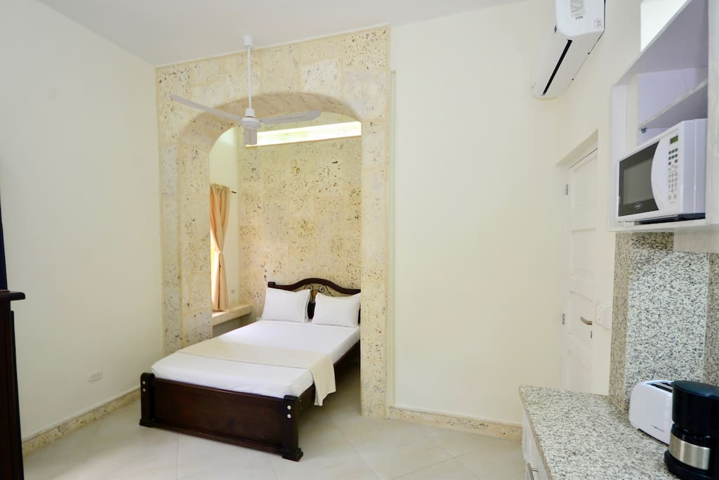 Your bed in its own intimate coralina archway!