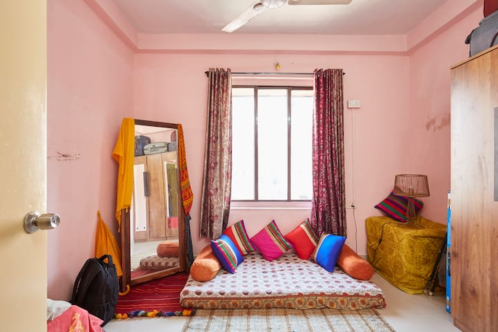 Feel like home away from home - Bombay - Appartement