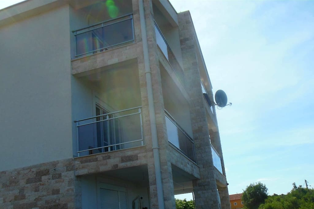 4 balcony, large private balconies.