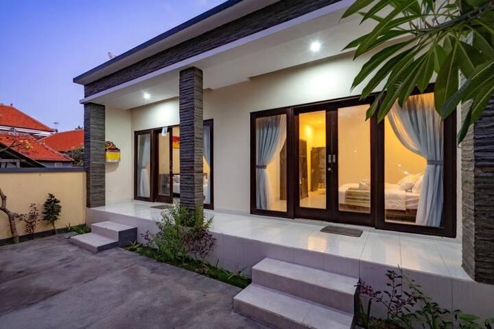 Private Guest House in Jungut Batu Nusa lembongan
