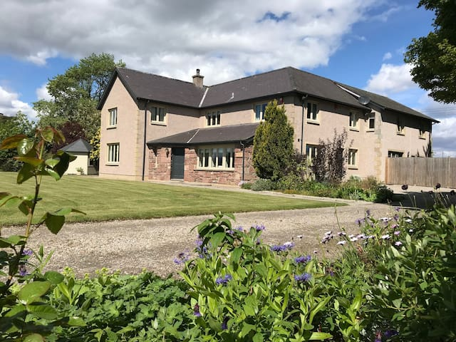 HIGHFIELD HOUSE DORNOCH