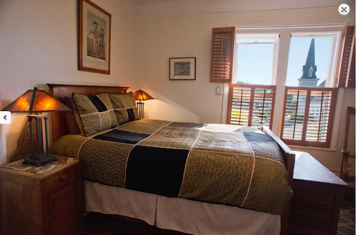 Didjeridoo Boarding House, deluxe room