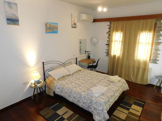 Bedroom with one double bed for two people