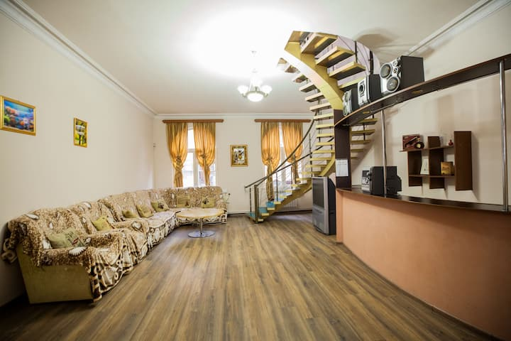 Alina Hostel by GuestMe