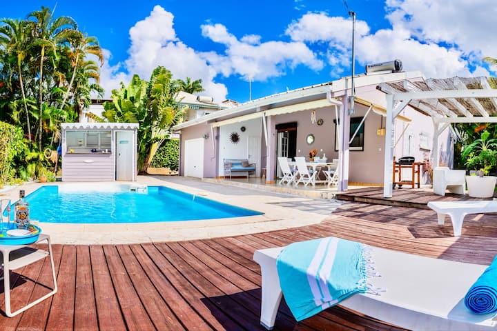 Villa with swimming pool -Diamant Martinique- 6pax