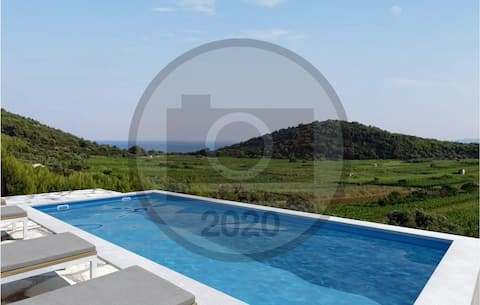 Awesome home in Smokvica with Outdoor swimming pool, WiFi and 2 Bedrooms