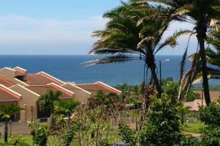 Beautiful sea view apartment close to the beach.