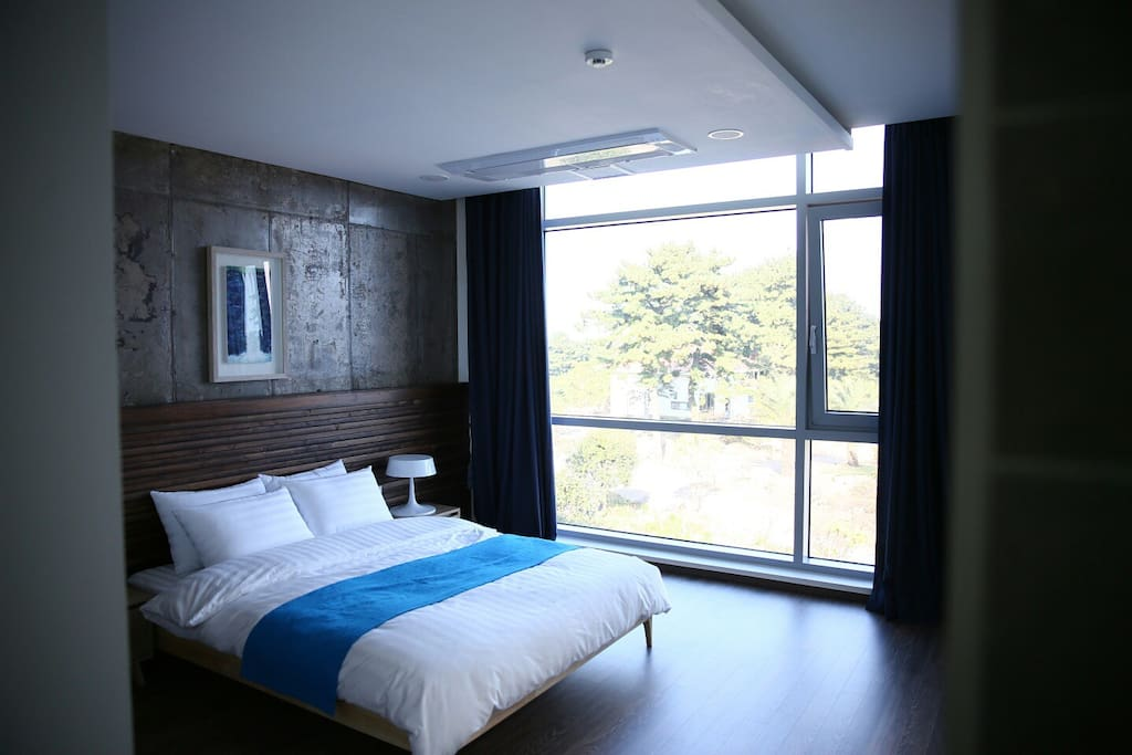 Color in Jeju - Blue - Bed room
