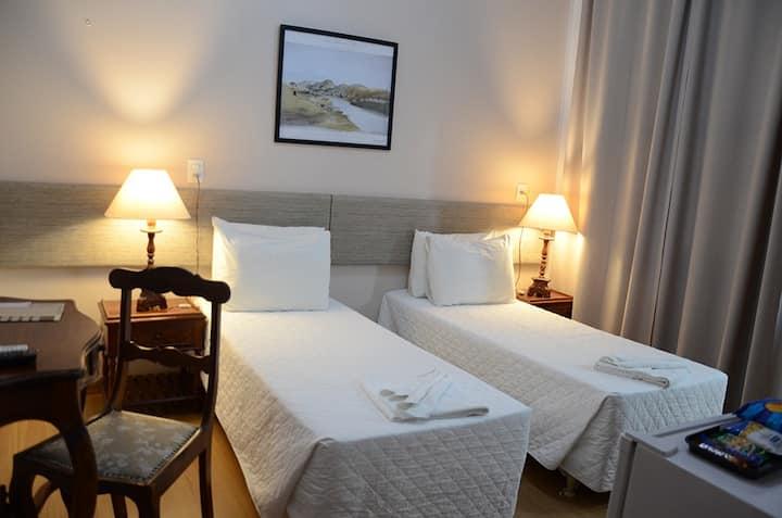 Hotel Lenheiros Apartamento duplo solteiro