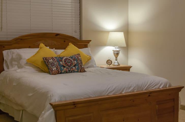 Bedroom #2, Queen