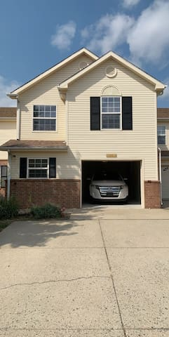 • 2 Rooms, 1.5 Bath • On Dover AFB- Need I.D.