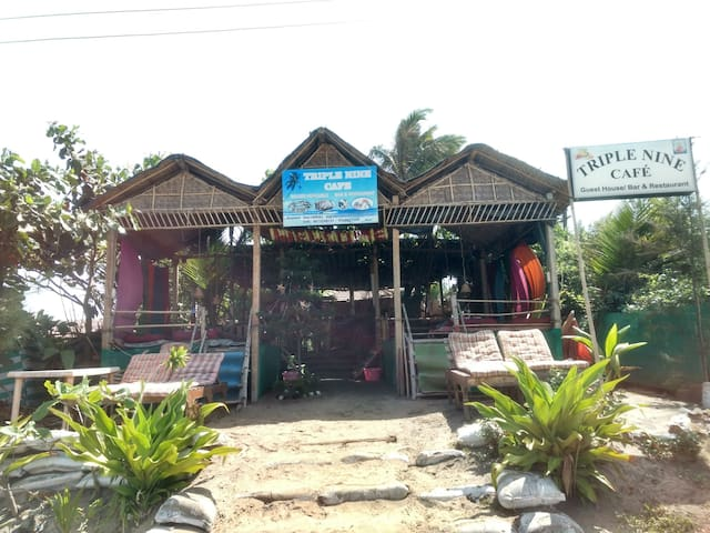 Private room in Arambol beach - Arambol - House