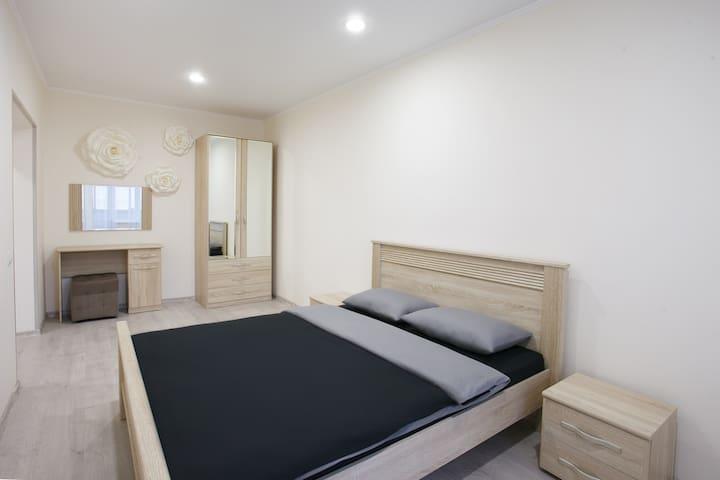 Key Apartment on Akademika Kirenskogo