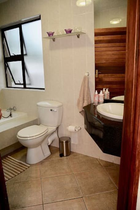 Second Bathroom for 2nd Bedroom with bath & hand shower