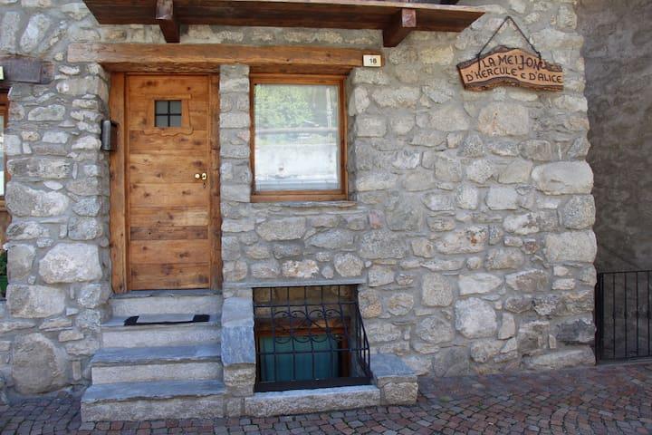 Accogliente alloggio di montagna Courmayeur