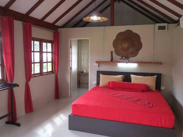 Lovely place for a getaway - King's room - Koh Chang Tai - Wohnung