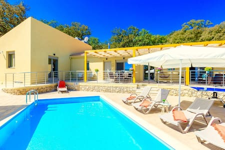 Villa Trules with private swimming pool