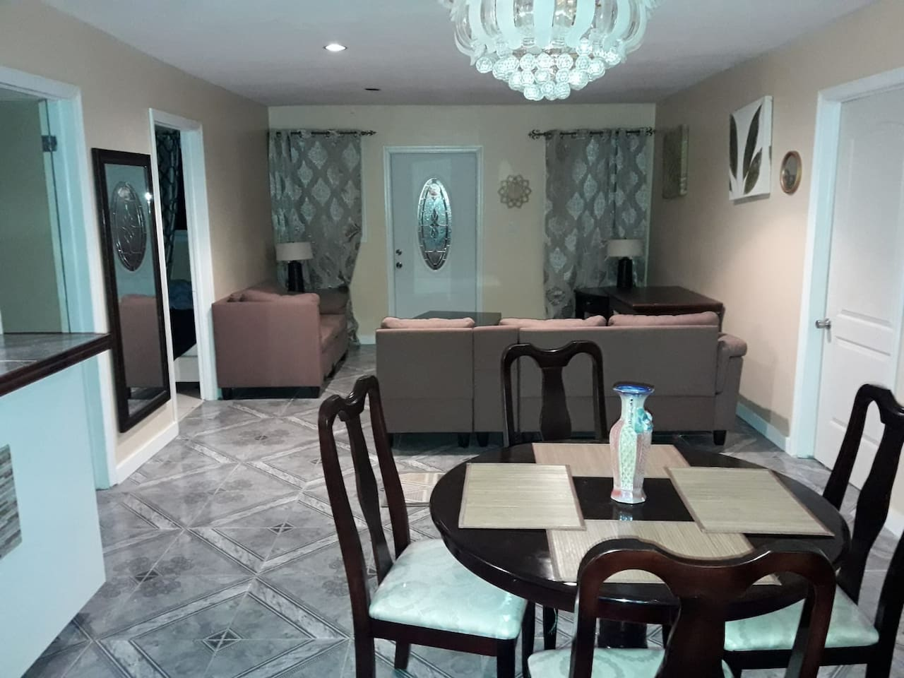Cozy open concept living and dining space complete with a full service kitchen. Other amenities include a coffee maker, oven, toaster, hair dryer, TVs, outdoor bbq grill, linen and essantials. Just to name a few. We can also arrange tours of Exuma!