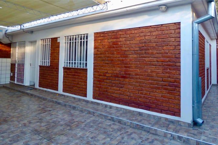 2 Bedrooms Alto Dorrego, 5min from Mendoza Capital