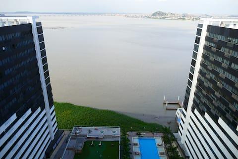 PentHouse River View Puerto Santa Ana - Super Host