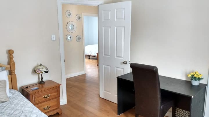 Cozy apartment near downtown - Non smoking